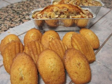 Madeleines et Cake aux Fruits